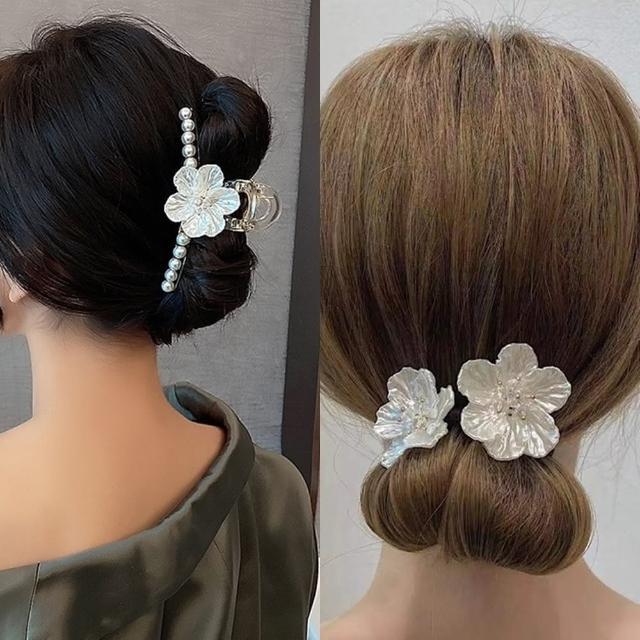 【Emi 艾迷】優雅純淨山茶花珍珠抓夾髮夾丸子頭盤髮棒