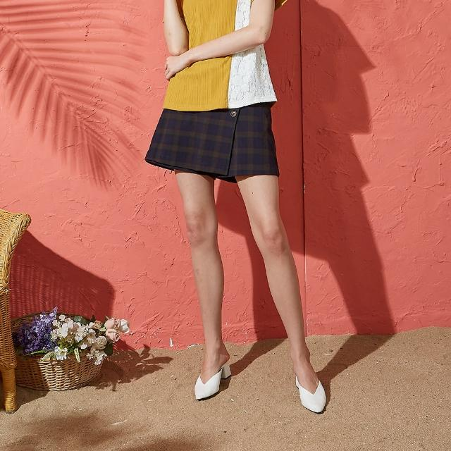 【CUMAR】英國風格紋釦飾-女短褲 深藍 駝(二色/版型適中)