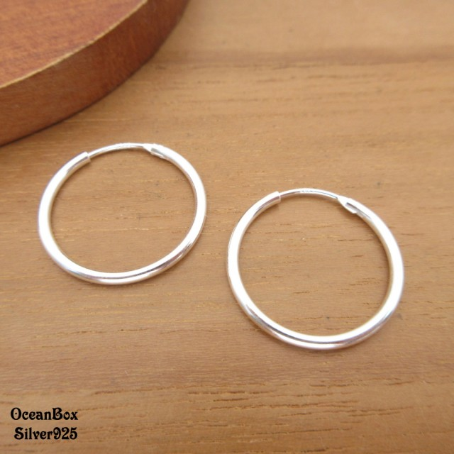 【海洋盒子】1.5mm寬.3cm亮面大圈圈925純銀針式耳環(925純銀中圈圈耳環)