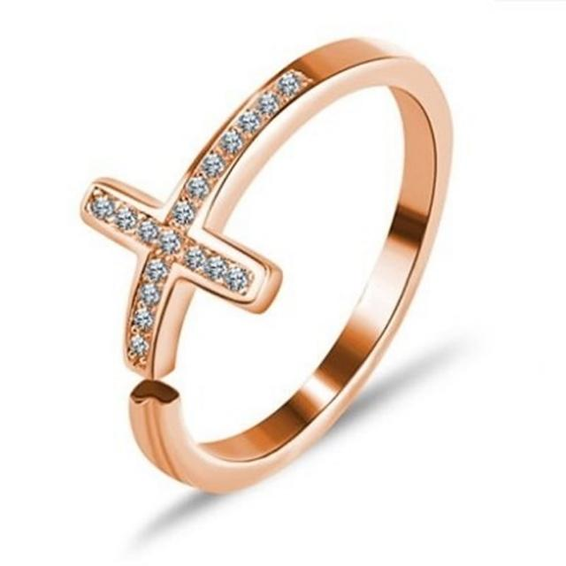 【米蘭精品】925純銀戒指鑲鑽銀飾(歐美流行十字架設計情人節生日禮物女飾品73dx119)