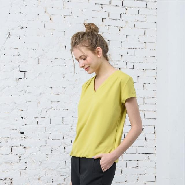 【KiKi】V領打褶-女短袖上衣 v領 白 黃(二色/版型合身)