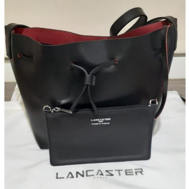 【LANCASTER】經典防刮十字紋 小號水桶包(黑色)
